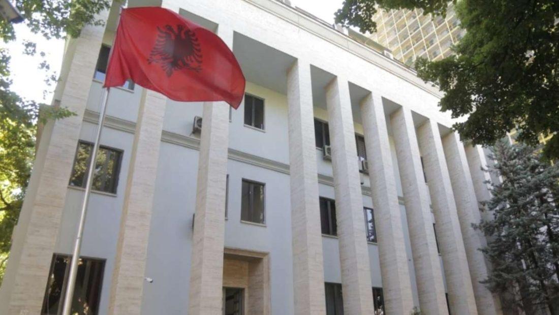 Dëbimi i çiftit egjiptian nga Shqipëria Gjykata e Lartë e dërgon çështjen në Administrative 1100x620