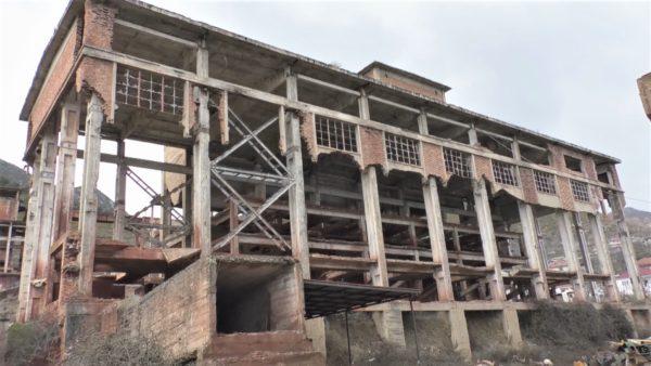 Premtimet në letër, minatorët në qarkun e Korçës të zhgënjyer nga e majta dhe e djathta