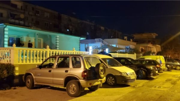 Digjet makina në Vlorë, në pronësi të Françeska Jaçes