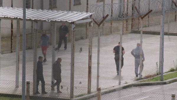 Pas 24 vitesh, rregullore e re për burgjet në Shqipëri