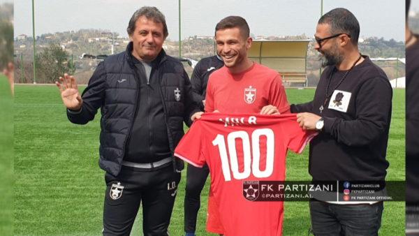 Esat Mala, 100 ndeshje me Partizanin