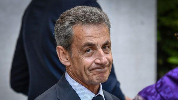 Tentoi të korruptonte gjyqtarin, arrest shtëpie për ish-presidentin francez Sarkozy