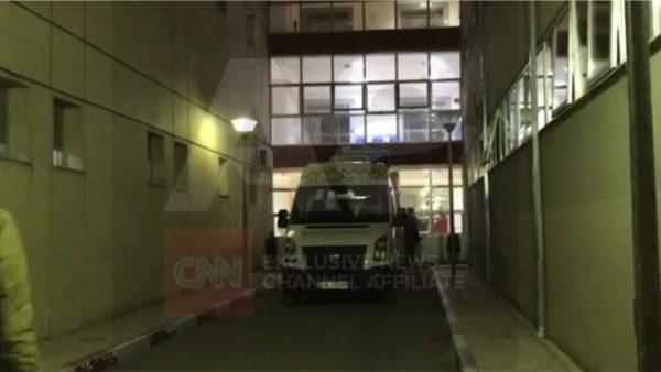 Hidhet nga kati i tretë i spitalit të Elbasanit një 24-vjeçar