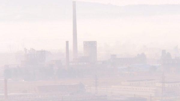 Ndotja nga Metalurgjiku në Elbasan, Bashkia e pafuqishme, Ministria hesht