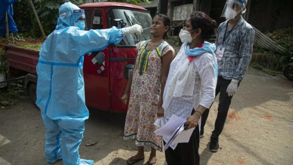 OBSH: Varianti indian i koronavirusit, shqetësim global