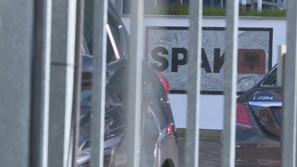 U arrestua nga SPAK, prokurori i Kukësit u filmua teksa merrte 2 mijë euro ryshfet