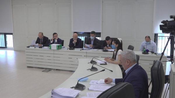 """Nis shqyrtimi i ankesave, KAS """"ngec"""" në Gjirokastër, 8 orë diskutime pa vendimmarrje"""