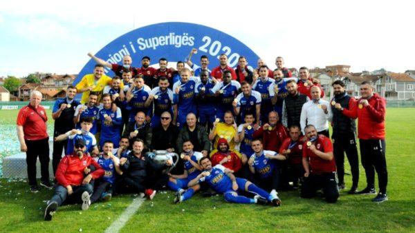 Prishtina shpallet kampione pas 8 viteve, i dorëzojnë trofeun edhe pse kampionati nuk ka përfunduar