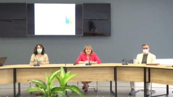 Komiteti Teknik i Ekspertëve: Nga 1 qershori hiqen maskat në ambientet e jashtme