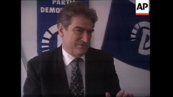 """30 vjet në politikë, arritjet dhe """"mëkatet"""" e Sali Berishës"""