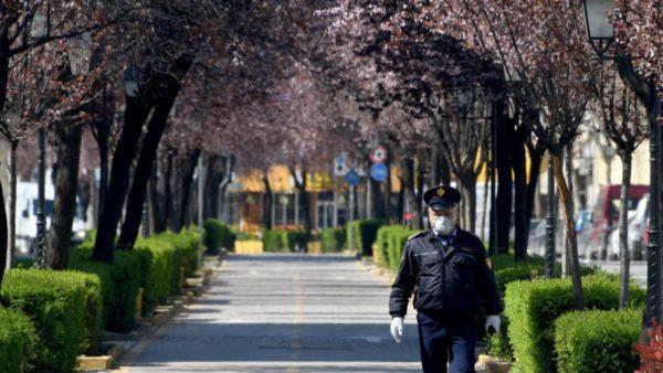 Koronavirusi në Shqipëri, ndryshon ora policore