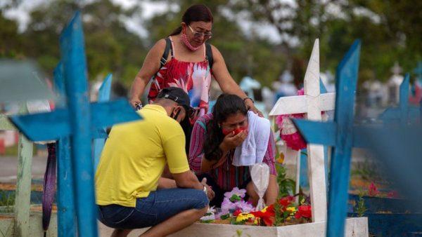 500 mijë viktima nga koronavirusi në Brazil, ekspertë: Më e keqja ende nuk ka ardhur
