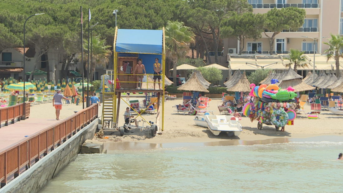 Ambulantet e Durresit plazh ne durres 1100x620