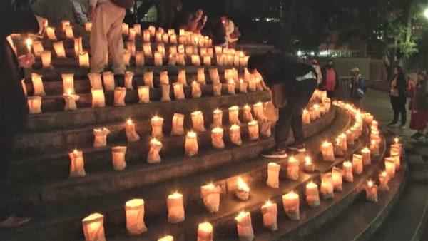 Brazili kujton viktimat e covid-19, 500 qirinj për 500 mijë jetët e humbura
