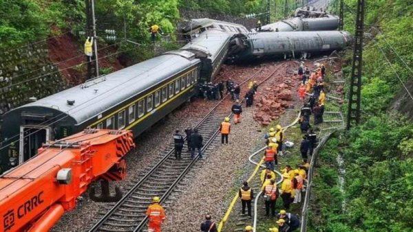 China Train Accident 600x338