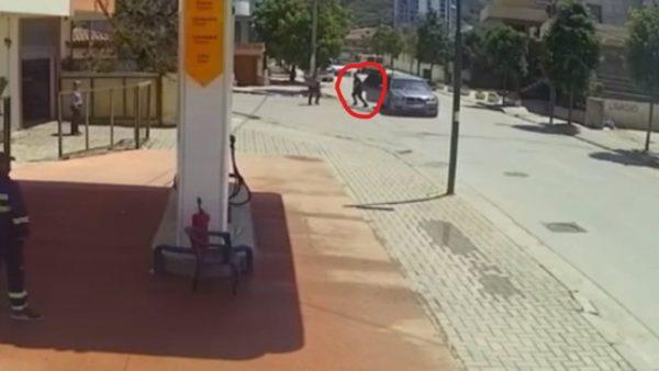 Ndodhej në makinën e biznesmenit që u vra, efektivi përjashtohet nga Policia e Shtetit