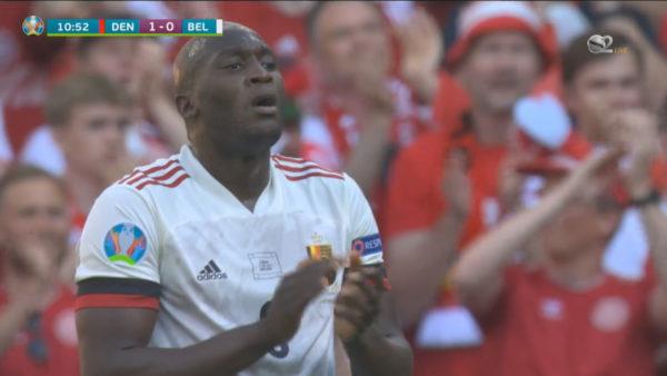 Minuta e dhjetë, të gjithë në këmbë për Eriksen në ndeshjen Danimarkë-Belgjikë
