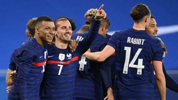 Drejt Euro 2020, Anglia thyen Austrinë, Franca mposht Uellsin