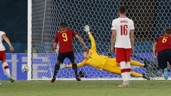 Spanja barazon edhe ndaj Polonisë, rrezikon kualifikimin për më tej