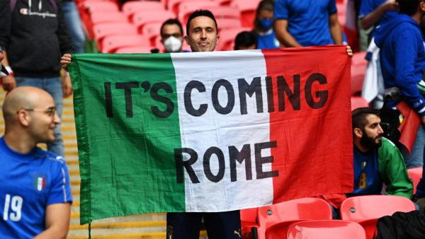 Publikohen formacionet zyrtare të finales Itali-Angli