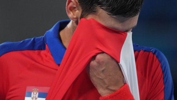 Djokovic eliminohet në gjysmëfinale, por ka ende një shans për medalje ari
