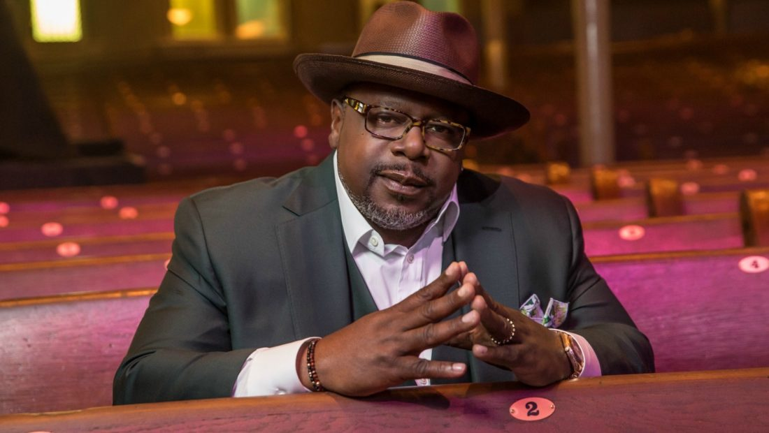 Cedric the Entertainer Live from the Ville 1 1100x620