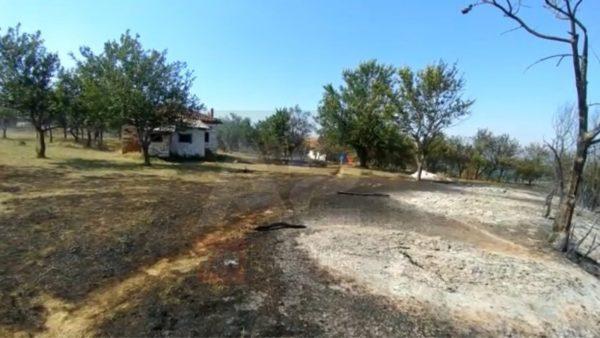 Zjarret përfshijnë edhe Kukësin, flakët rrethojnë banesat në Shikaj