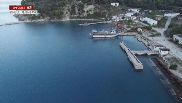 Sazani, ishulli i gjembave