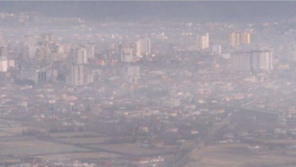 Cilësia e ajrit në vend, Covid-19 uli ndotjen, rihapja e riktheu në nivelet e para krizës