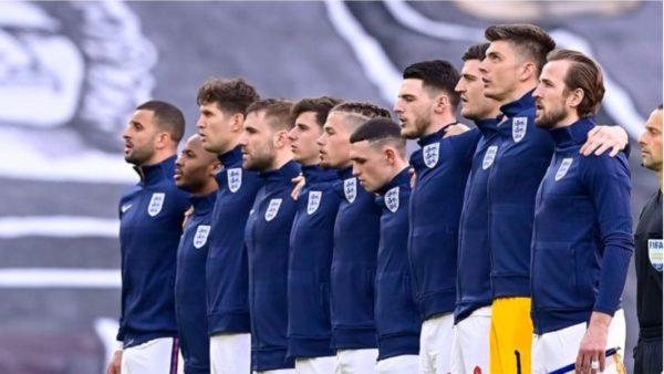 Britanikët marrin goditjen e rëndë para finales me Italinë