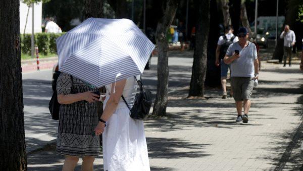 Koronavirusi në Shqipëri, 15 ditë pa asnjë viktimë, përgjysmohen rastet aktive