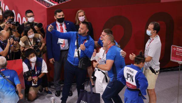 Mposhti japonezen dhe mori medaljen e artë, Krasniqi: Do ta përsëris këtë sukses