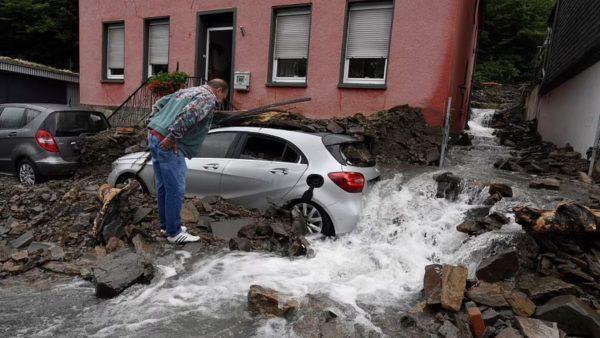 Përmbytje të mëdha në Gjermani, 7 viktima dhe 30 të zhdukur, shkatërrohen disa shtëpi