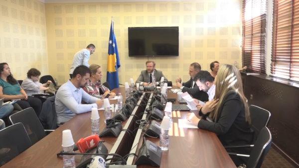 Mosnjohja nga 5 vendet e BE, deputetët në Kosovë kërkojnë plan kombëtar për diplomacinë