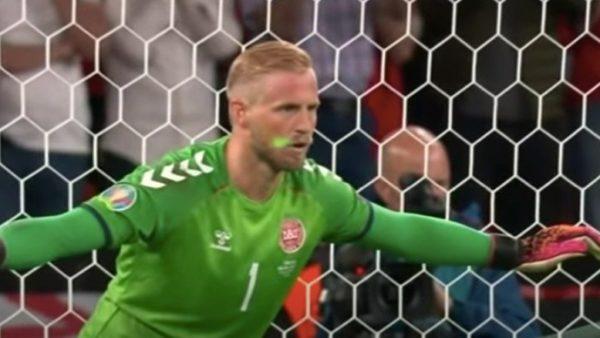 Incidenti me lazer ndaj Schmeichel, UEFA hap hetim ndaj Anglisë