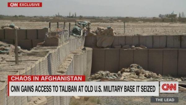 Kaosi në Afganistan, CNN hyn në bazën e vjetër amerikane