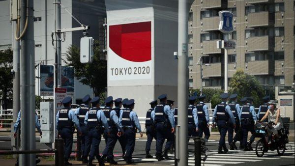 Organizatorët e Lojërave Olimpike nisin hetimet, një grup atletësh mblidhen për të pirë alkool