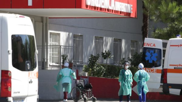 Koronavirusi në Shqipëri, 6 të vdekur në 24 orët e fundit, 155 të shtruar në spital