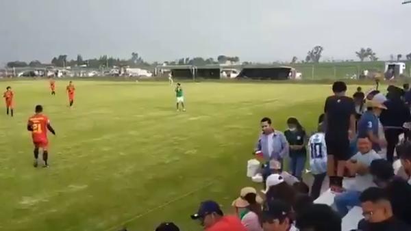 Breshëri plumbash në ndeshjen e futbollit, 3 të vdekur