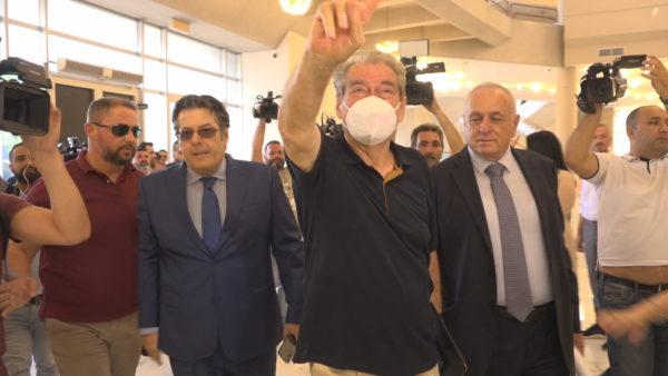 """Agonia e presionit nga SHBA, Basha zgjedh amerikanët duke """"tradhtuar"""" Berishën"""