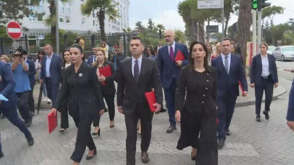 Ministri Propagande? Qeveria miraton vendimin, zyrat e shtypit kalojnë në varësi të Ramës
