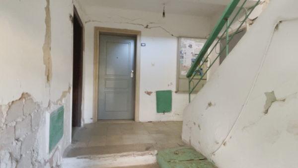 Pasojat e tërmetit, në Durrës tre akte të ndryshme dëmtimesh për të njëjtin pallat