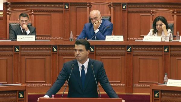 Basha: Demokracia shqiptare është ekzekutuar nga Edi Rama