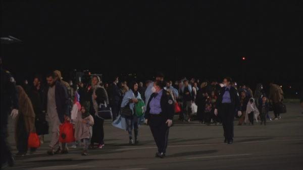 Largohen nga Kosova drejt SHBA-së 51 shtetas afganë
