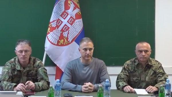 Ministri serb i Mbrojtjes: Ushtria nuk ka hyrë aty ku nuk duhet në Kosovë