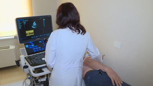 Sëmundjet e zemrës, COVID-19 përkeqëson pacientët, kujdes pas moshës 35 vjeç