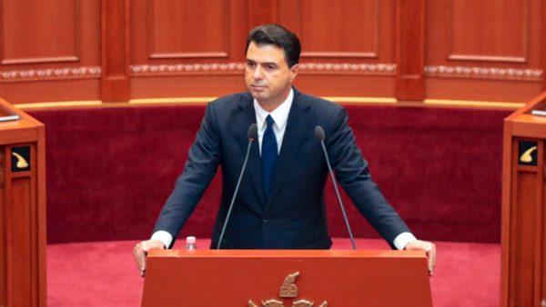 """""""Pas takimeve Rama-Vuçiç maskohet ambicia për """"botën serbe"""""""", Basha: Shqipëria ka detyrë të mbështesë Kosovën"""