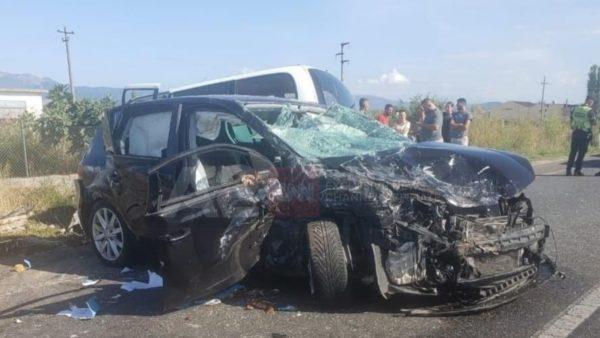 Aksident mes dy makinave në Malësinë e Madhe, raportohet për 3 të plagosur
