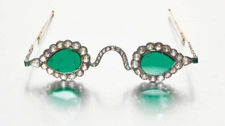 Syzet e shekullit të 17-të që do të shiten miliona dollarë