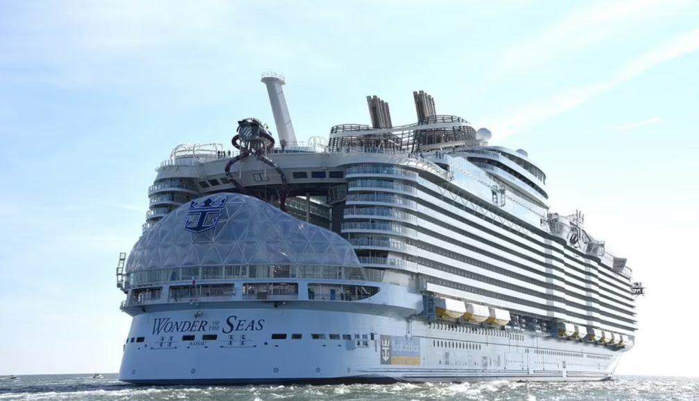 Anija më e madhe në botë është gati për lundrim